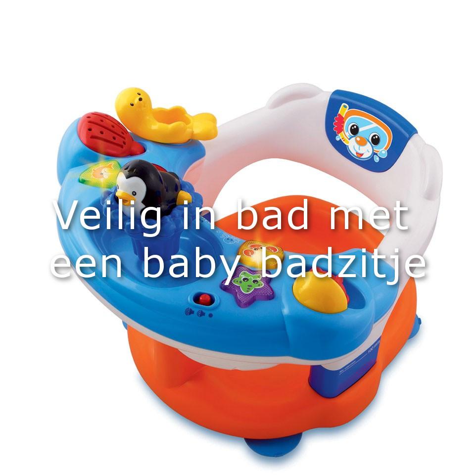 beste baby badzitje voor jouw kleintje pappa blogt. Black Bedroom Furniture Sets. Home Design Ideas